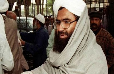 Pulwama only first dose, fire will engulf entire country if Kashmir not surrendered: Masood Azhar