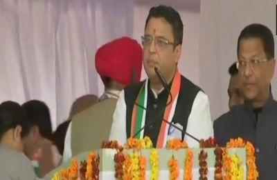 Manish Khanduri, son of ex-Uttarakhand Chief Minister BC Khanduri, joins Congress