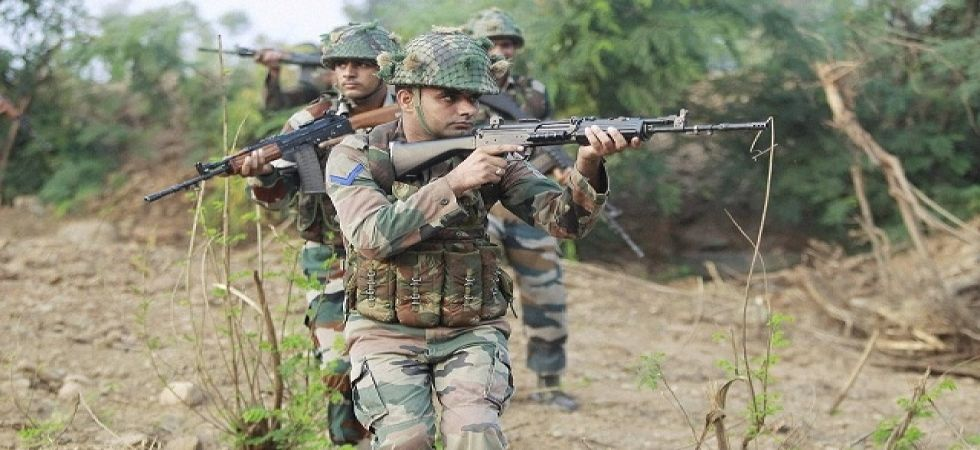 Pakistan violates ceasefire again along LoC in J-K's Rajouri (File Photo)