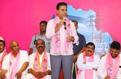 Massive jolt to Congress in Telangana as 8 party MLAs join TRS ahead of LS polls