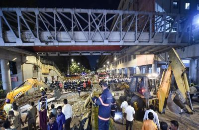 Railways to dismantle foot overbridges at Bhandup, Kurla, Vikhroli, Diva, Kalyan stations in Mumbai