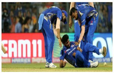 Jasprit Bumrah suffers shoulder injury in Mumbai Indians' loss to Delhi Capitals