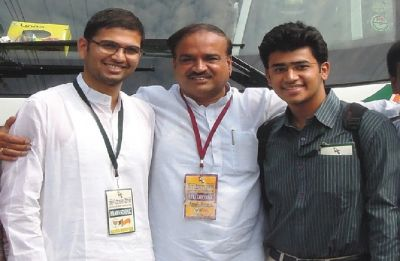 Tejasvi Surya fills in late Ananth Kumar' shoes as he gets BJP ticket from Bangalore South