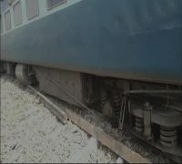 13 bogies of Surat-Chhapra Express derail at Gautamsthan station, 4 passengers injured