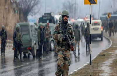 Pulwama aftermath: SP-rank officer to lead CRPF convoys, maximum 40 vehicles at one time