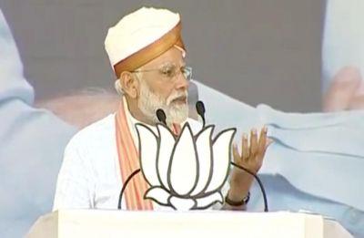 PM Modi blames Congress for Pakistan creation, slams 'chowkidar chor' jibe