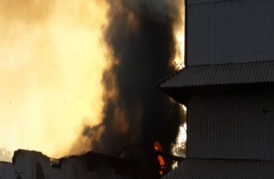 Fire breaks out at oil plant in Gujarat's Banaskantha, property worth Rs 25 crore guttted