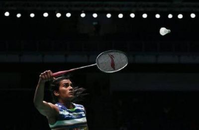 PV Sindhu enters Singapore Open Badminton semi-final, Saina Nehwal knocked out