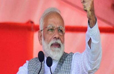 Congress creates 'lies', its 'vision' based on 'division', says PM Narendra Modi