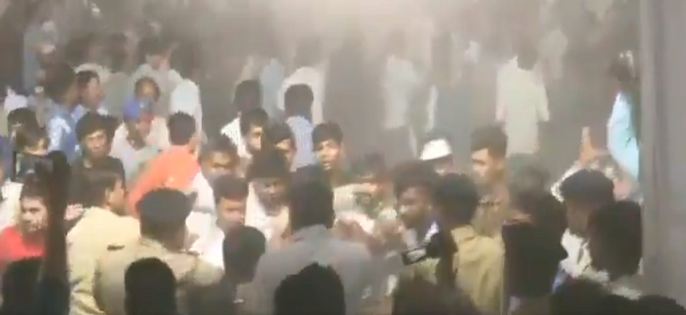 Day after slapgate, scuffle breaks out at Hardik Patel's public meeting in Ahmedabad