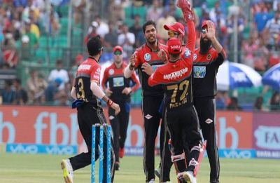 IPL 2019 RCB vs CSK LIVE cricket score: Steyn, Umesh take two wickets