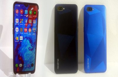 Realme C2 is priced at Rs 5,999, the smartphone will go on sale via Flipkart