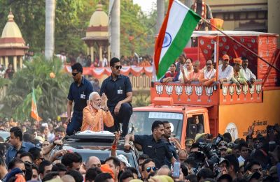 Modi in Varanasi: PM holds roadshow, performs Ganga Aarti, thanks citizens for love and blessings
