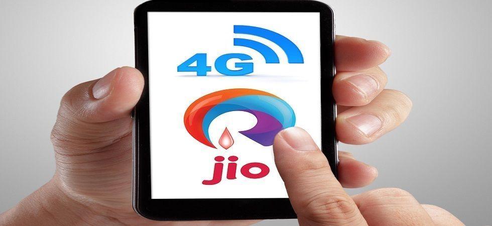Reliance Jio vs Vodafone vs Airtel vs BSNL (File Photo)