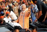 Modi in Varanasi LIVE: PM's mega roadshow underway, to perform Ganga Aarti shortly