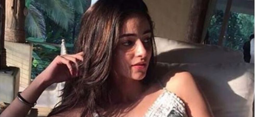 When teen sensation Ananya Panday donned the 90's look