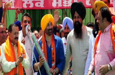 Want to serve people and not return to Mumbai: Sunny Deol tells Gurdaspur voters