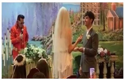 Sophie Turner and Joe Jonas are MARRIED! Check out 'private' Las Vegas wedding videos