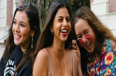 Suhana Khan and her girl gang flash million dollar smile as they pose for a picture