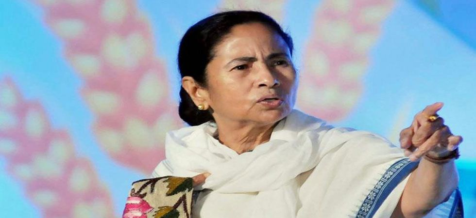 A war of word has erupted between PM Modi and Mamata Banerjee over Cyclone Fani. (File Photo)