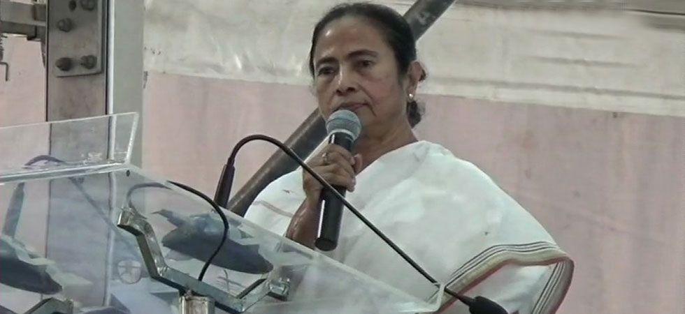 Mamata Banerjee alleged that PM Modi had lied when he said he was once a 'chaiwala' (tea seller). (File Photo)