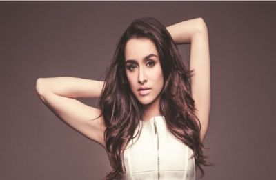 Shraddha Kapoor's latest selfie is the perfect Monday Motivation!