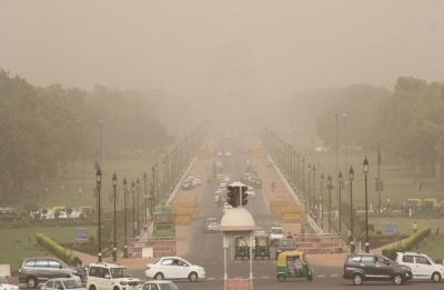 Massive dust storm hits Delhi-NCR, likely to bring respite from scorching heat