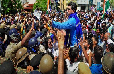Alwar Gangrape: 5 policemen injured in violent protests in Dausa, BJP demands CM's resignation
