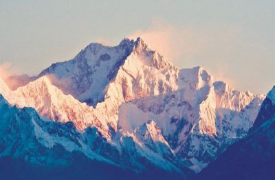 2 Indian climbers die on Mount Kanchenjunga in Nepal: Reports