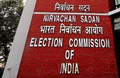 Opposition delegation meets EC over ending election campaign in West Bengal