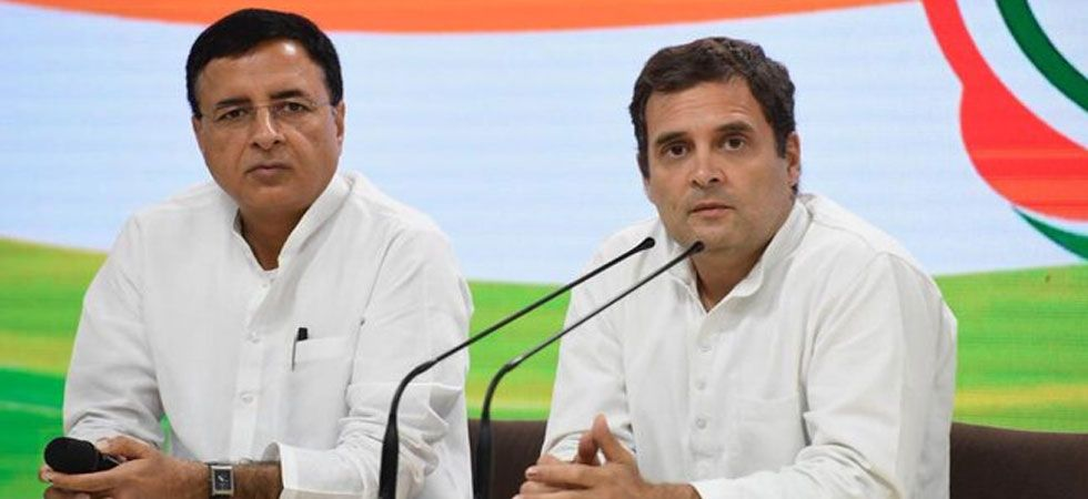 Congress spokesperson Randeep Singh Surjewala (left) with party president Rahul Gandhi (Twitter/@rssurjewala)