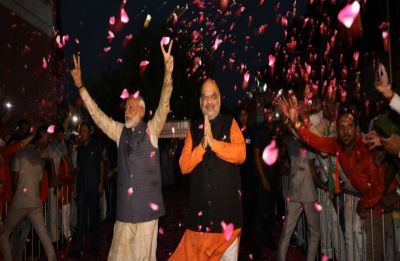 It's official! BJP becomes first non-Congress party ever to cross 300-mark in Lok Sabha Elections