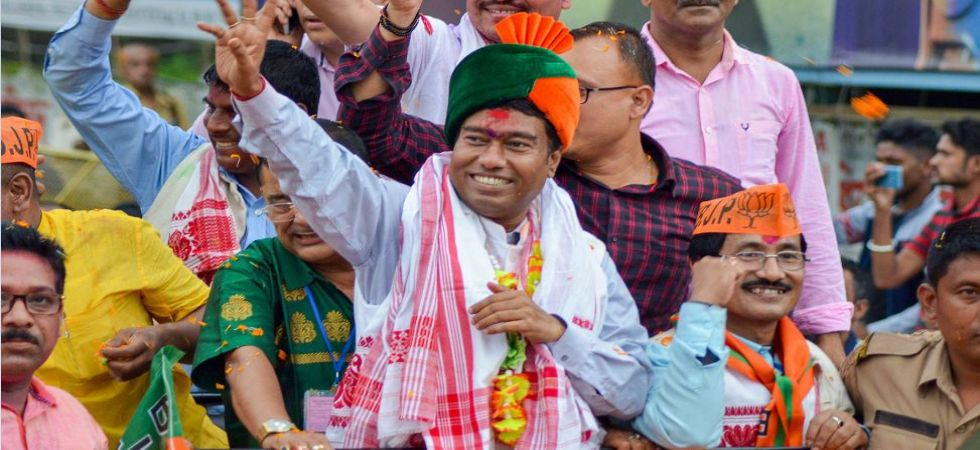 Rameswar Teli waves at supporters as he celebrates his win from Dibrugarh Lok Sabha seat (Photo Source: PTI)