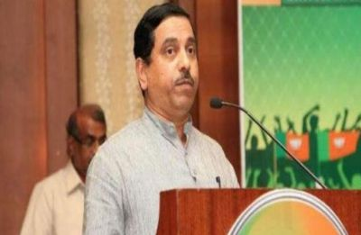 Pralhad Joshi seeks opposition's cooperation in smooth conduct of Lok Sabha session