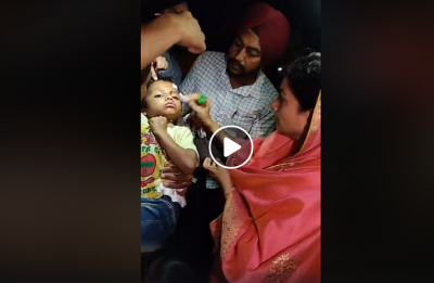 VIDEO | Harsimrat Kaur steps out of convoy, helps family injured in road accident