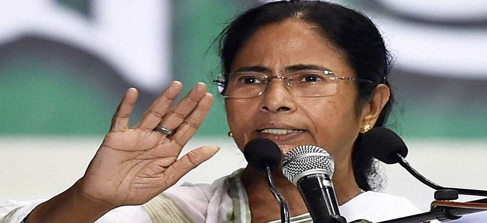 End strike or be thrown out: Mamata Banerjee's 4-hour ultimatum to junior doctors