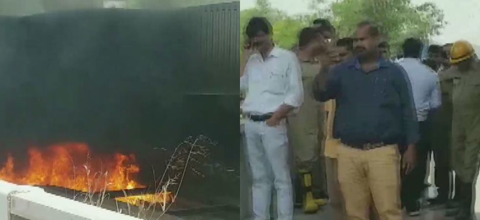 Fire breaks out in a pile of scrap under Delhi' Barapullah Flyover, traffic hit