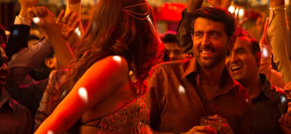 Hrithik roshan starrer Super 30 song  'Paisa' out now!