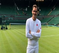 Roger Federer guns for ninth Wimbledon crown after perfect 10 in Halle
