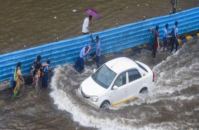 Mumbai Rains: 203 flights cancelled in Mumbai due to rains, skidding of jet