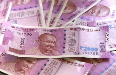 Rupee skids for 3rd straight day, slips 15 paise to 68.97 against US Dollar