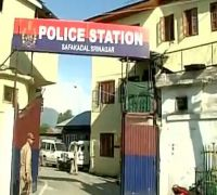 Fact Check: Is Army taking control of police stations in Kashmir Valley?