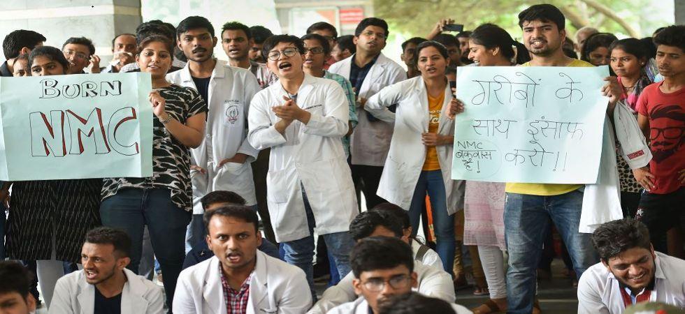 Resident Doctors Association raises slogans during a strike against NMC Bill (Photo Source: PTI)