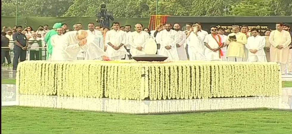 Vajpayee's daughter Namita Kaul Bhattacharya and granddaughter Niharika were also present at his death anniversary function. (Image Credit: ANI)
