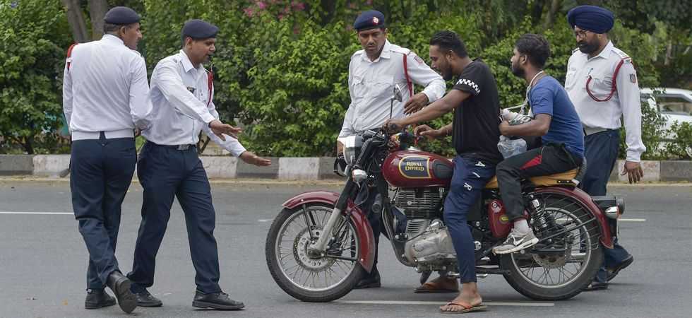 The Delhi Police issued 3,900 challans on the first day of the newly amended Motor Vehicles Act. (Image Credit: PTI)