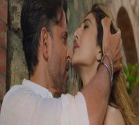 War's First Song Ghungroo OUT! Hrithik-Vaani Sizzle Amidst Picturesque Amalfi Beach