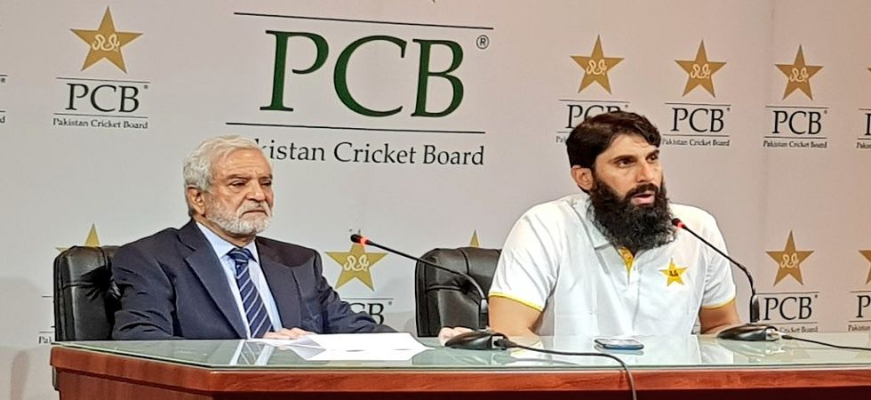 Misbah has issued orders that only barbecue items and pasta with lots of fruits should be on the menu. (Photo: Twitter/PCB)