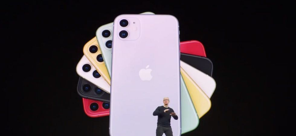 Apple iphones pre-orders starting from September 20 (Photo Credit: Twitter/TimCook)