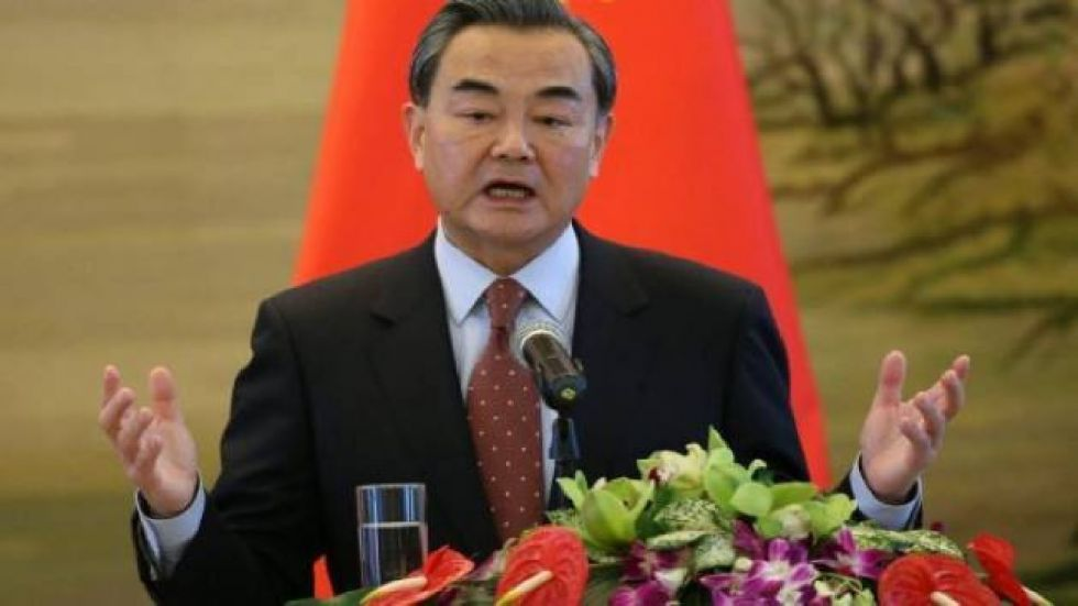 """Chinese foreign minister stressed that no actions should be taken that would unilaterally change the """"status quo"""" of Kashmir"""
