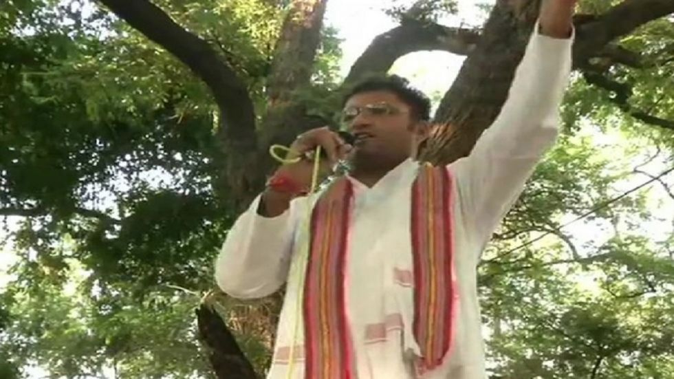 Ex-Haryana chief Ashok Tanwar protests outside Congress HQ, says state leadership 'destroyed'